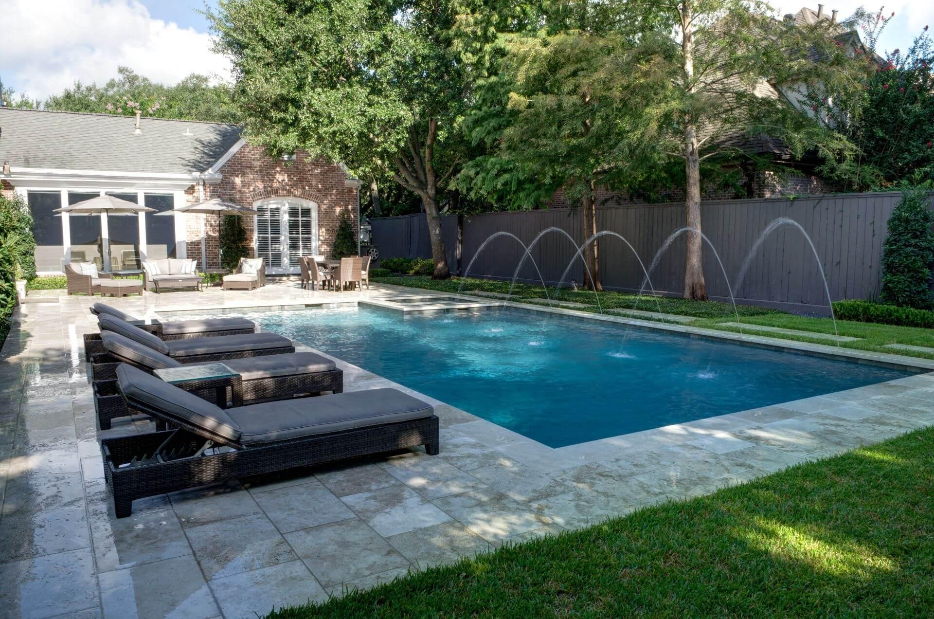 Classic Pool w/ Deck Jets | Sunshine Pools, Inc.
